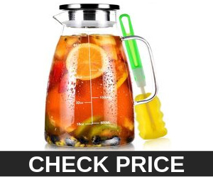 Aofmee Glass Pitcher, 68oz Water Pitcher with Lid and Precise Scale Line