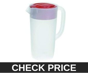 RUBBERMAID Covered Pitcher